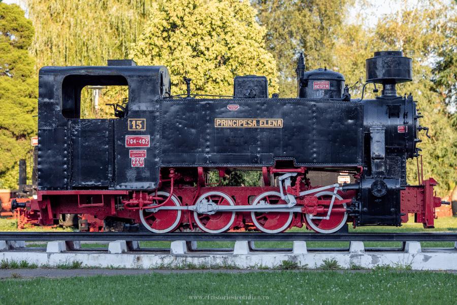 Muzee feroviare Romanesti - Muzeul din resita, Locomotiva Principesa Elena 704.402